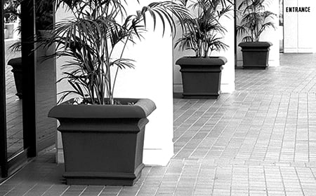 Commercial building planters