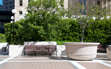 2-rooftop-courtyard-planter
