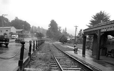 3-bollards-railway