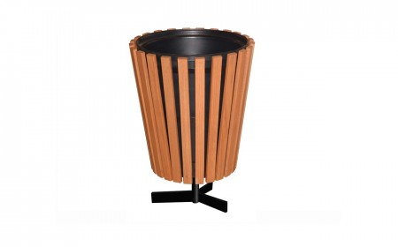 4-garbage-cans
