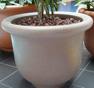 Ivanhoe Cambridge planters