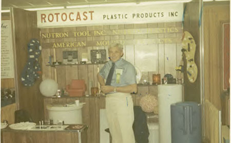 5-rotocast-booth