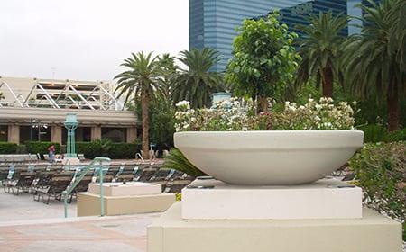Low Bowl resin planter