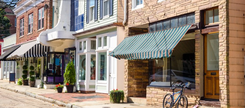 Increase Traffic with Storefront Landscaping